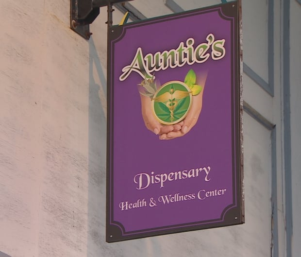 Auntie's sign