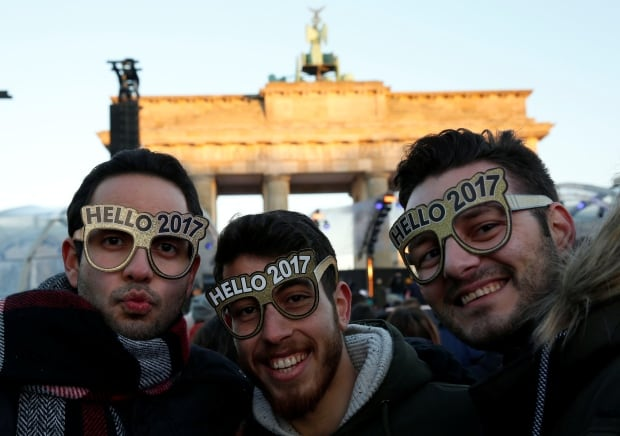 new-years-eve-celebrations-berlin-visitors