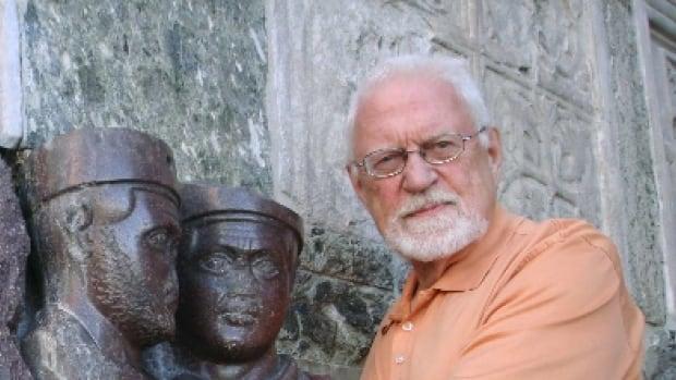 Legendary Toronto vocal coach Stuart Hamilton died Sunday at age 87.
