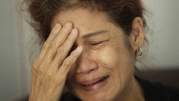 5 dead, 20 missing in tourist boat fire