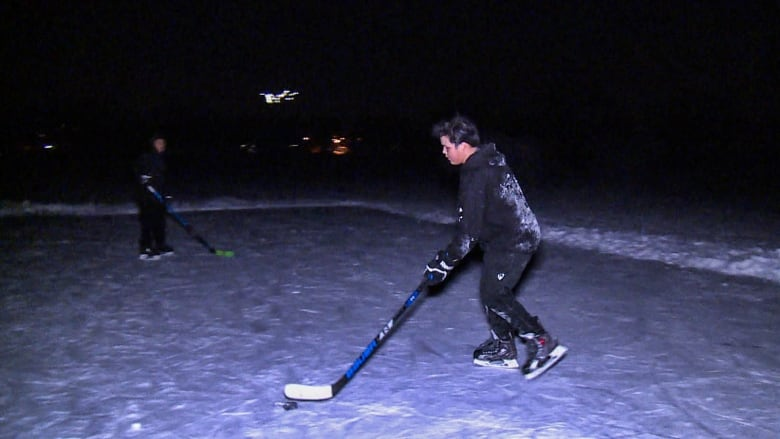 Trout Lake in Vancouver now safe to skate on, says Park ...