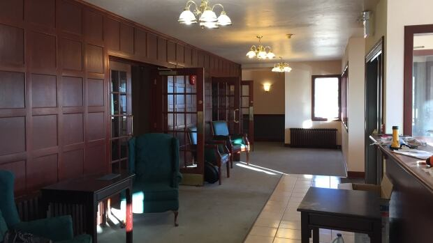 Red Rock Inn lobby