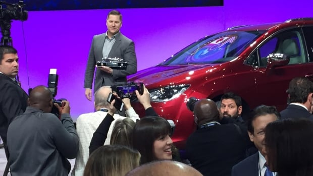 Chevy Bolt 2017 Named Car of the Year at Detroit Auto Show