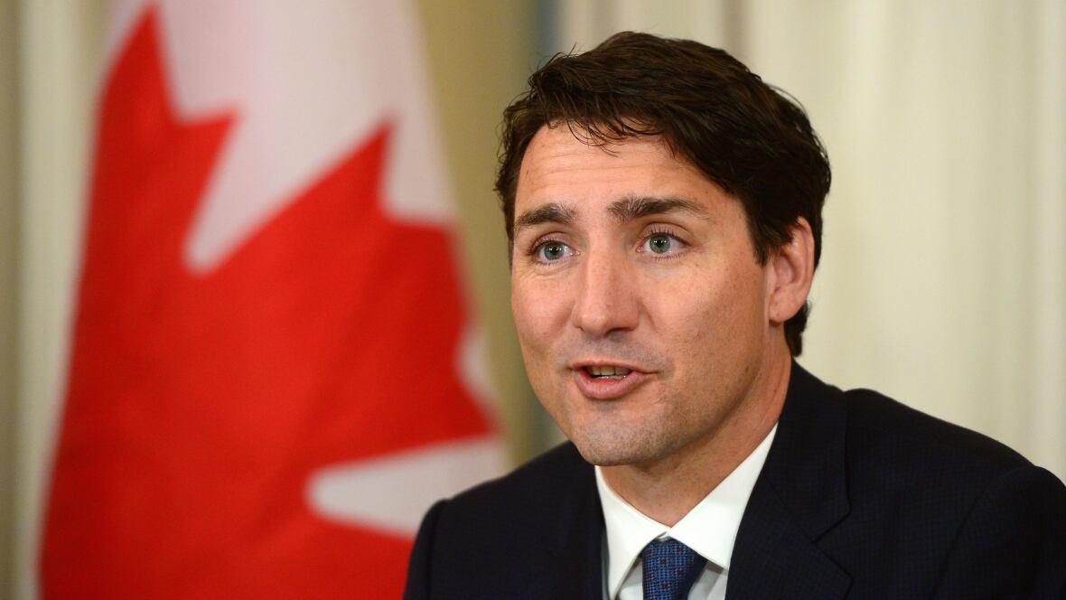 Trudeau congratulates Trump, citing close economic and security ties