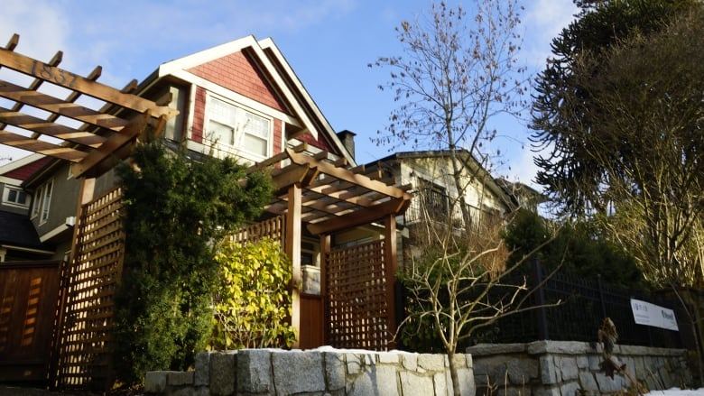 The Average Price Of A Single Detached Home In Greater Vancouver Has Risen  414 Per Cent In The Last 25 Years, According To Figures From The Real Estate  ...