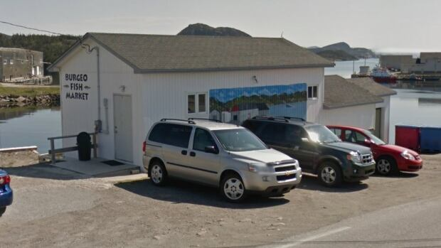 After decades of business, the Burgeo Fish Market is selling its licence to process and sell seafood to an operation in St. John's.