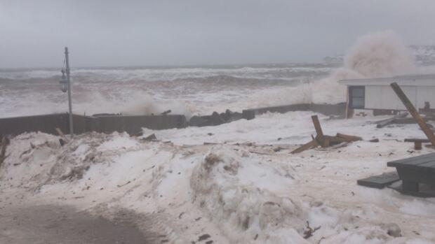 sea storm Perce 3.png