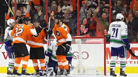Flyers Win Seesaw Battle Over Canucks In SO
