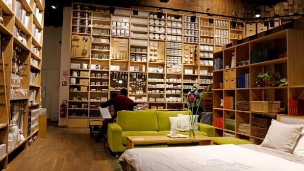reservations required japanese retailer muji to open pop up store in vancouver cbc news. Black Bedroom Furniture Sets. Home Design Ideas