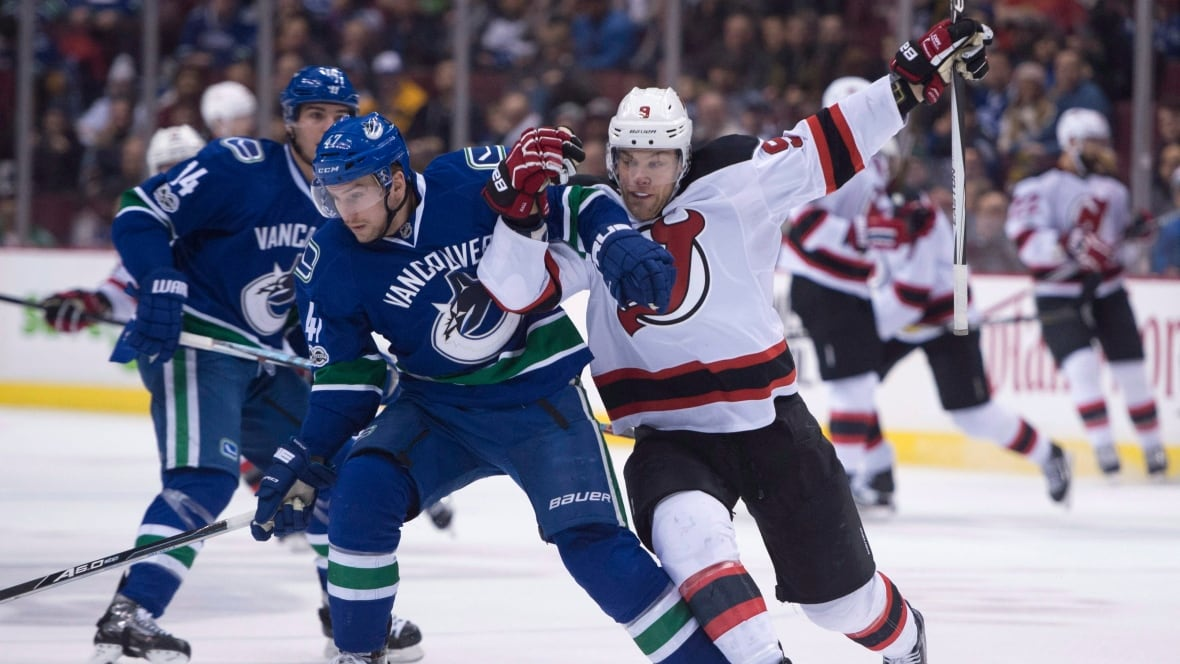 Devils-canucks-15012017
