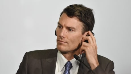 Vancouver mayor in last place for local approval in national poll