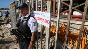 2 Canadians among 5 dead after Mexican nightclub shooting