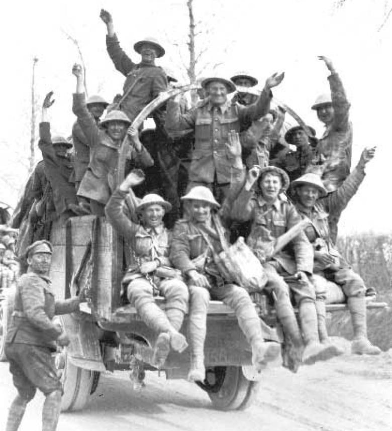 Ham radio operators spread the word about Battle of Vimy Ridge | CBC