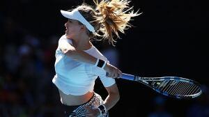 Eugenie Bouchard reaches 3rd round at Australian Open