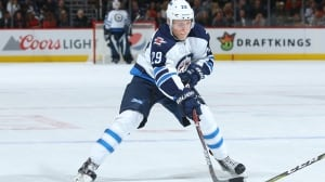 Jets' Laine skates for 1st time since concussion