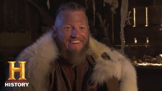 Toronto Blue Jays Josh Donaldson appeared on an episode of the TV Show Vikings.