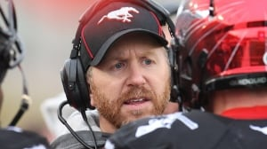 Stampeders extend coach Dickenson's contract through 2020