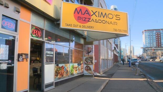 Riza Kasikcioglu Maximo's Pizza