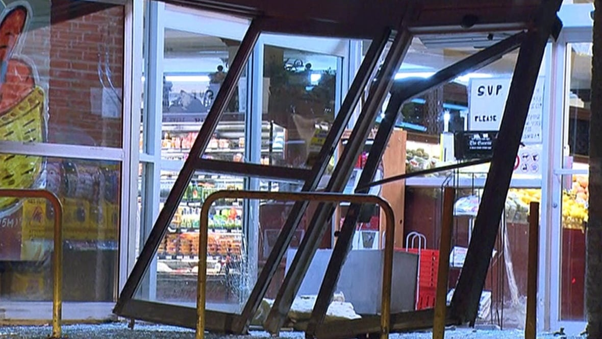 Thieves make off with Bitcoin ATM from Cartierville supermarket