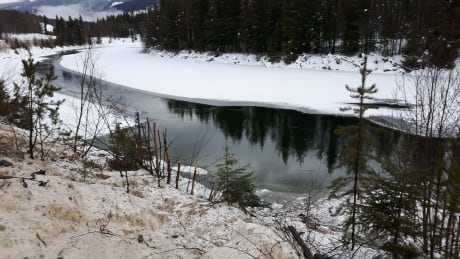 Vavenby, B.C., residents without tap water 1 week after diesel spill