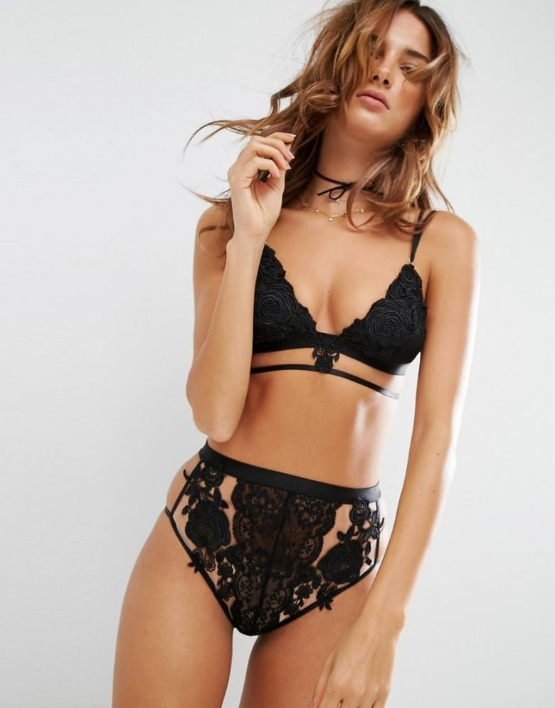 c9089fc080c This high-waisted