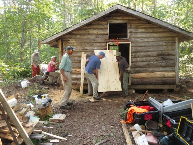 Cofan Cabin under construction