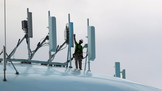 The data used in OpenSignal's report is crowdsourced from users of the company's Android and iPhone apps, which perform network measurement tests.