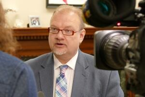 Kelvin Goertzen, Manitoba health minister