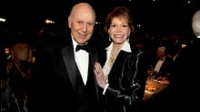 Carl Reiner and Mary Tyler Moore