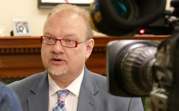 Health Minister Kelvin Goertzen