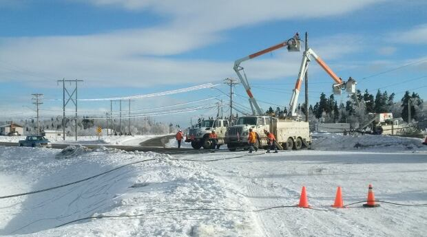 ice-storm-power-crews