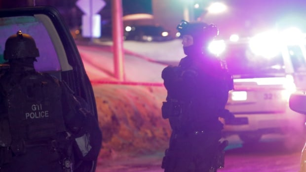 After a gunman entered a Quebec City mosque on Sunday during evening prayers and killed six people, police arrested two suspects. One of the men was released after he turned out he was just a witness.
