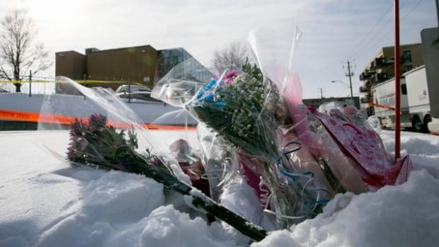 Quebec City mosque hosts emotional gathering to mark anniversary of massacre