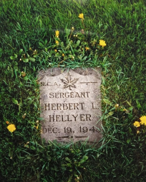 Gravesite of Herbert L. Hellyer