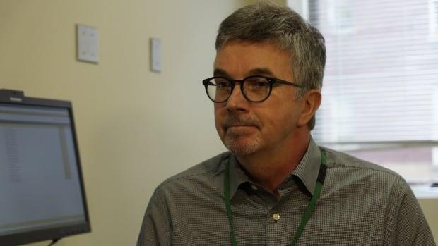 Dr. Mark McLean