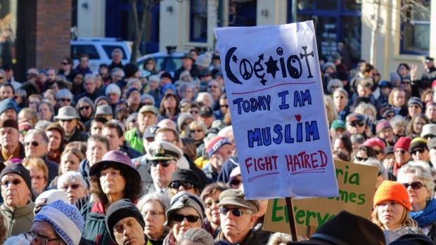 Solidarity rally for Muslims in Victoria