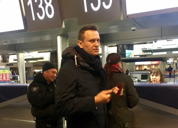 Navalny at Moscow's Vnukovo Airport