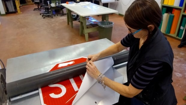 Making a stop sign