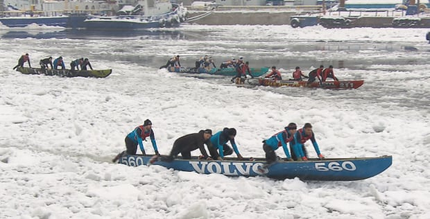Quebec city winter carnival ice canoe 1.png