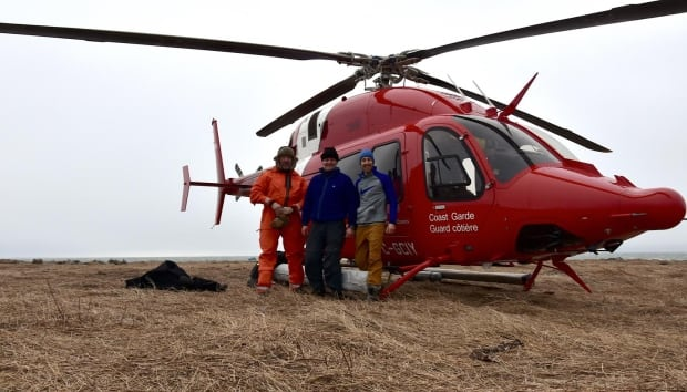 PEI seal survey crew and helicopter