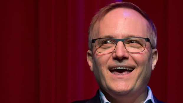 NDP MP Peter Julian announces he will run for the leadership of the federal New Democratic Party, during a news conference in New Westminster, B.C., on Sunday.