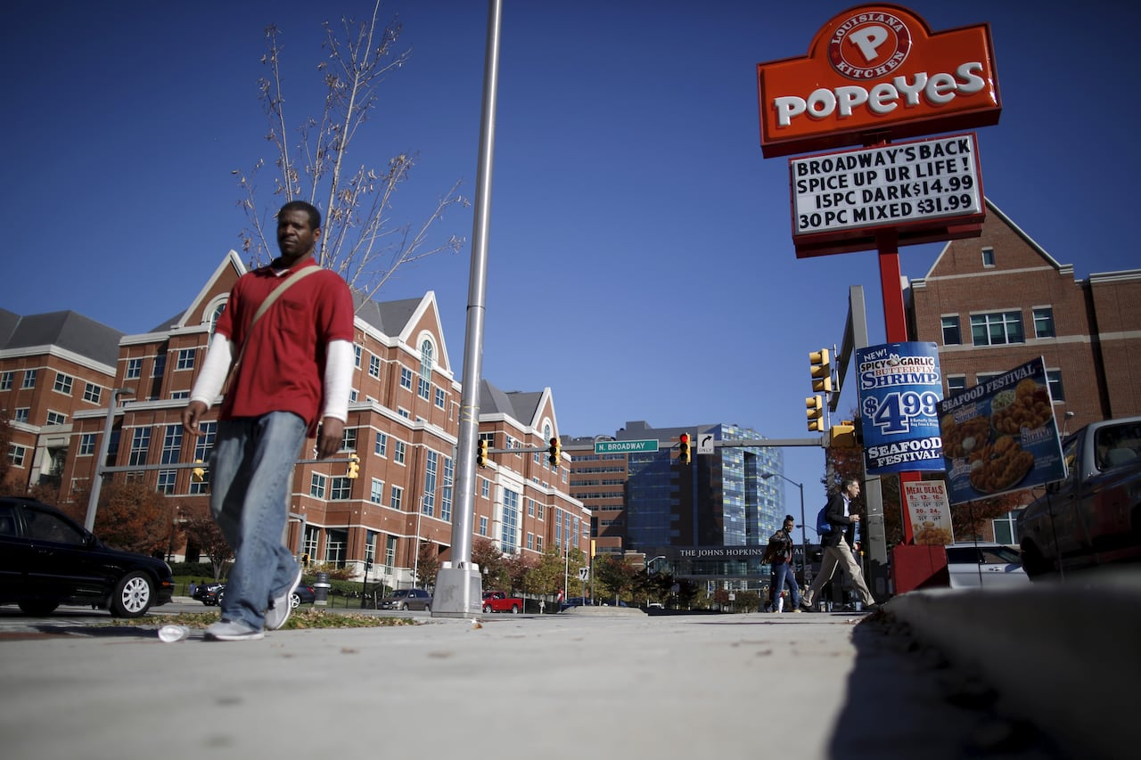 Tim Hortons Owner In Bid To Buy Popeyes Report Cbc News