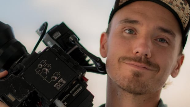 The family of Toronto filmmaker Rob Stewart is supporting a motion by two Toronto city councillors to back a federal Conservative bill aimed at banning shark fins in Canada.