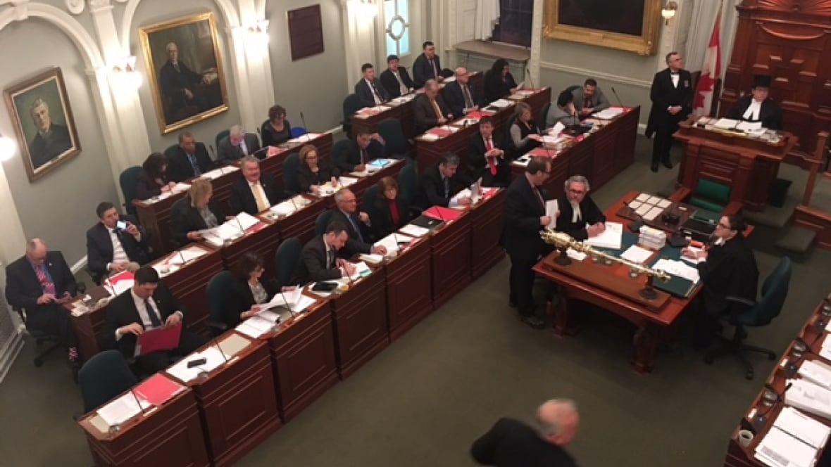 MLAs begin late-night final reading of bill to impose contract on teachers
