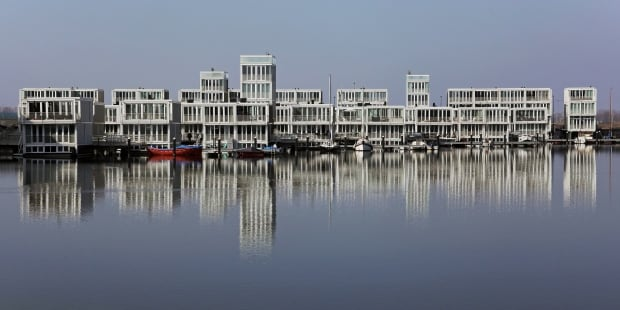 Floating homes Amsterdam