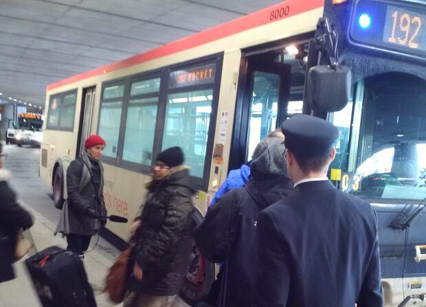 TTC airport express bus