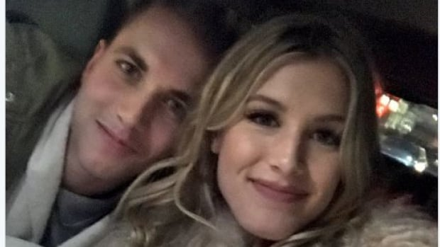 Bouchard pays off Super Bowl bet with date at Nets game