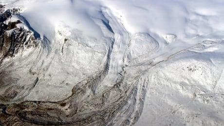 cbc.ca - Nicole Mortillaro - As Arctic warms, Canada's glaciers playing major role in sea level rise