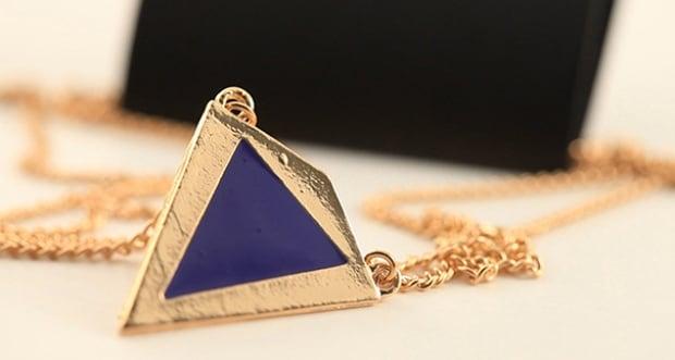Blue triangle pendant - Ardene