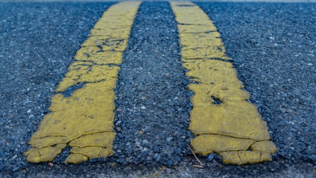 Road, highway, yellow line